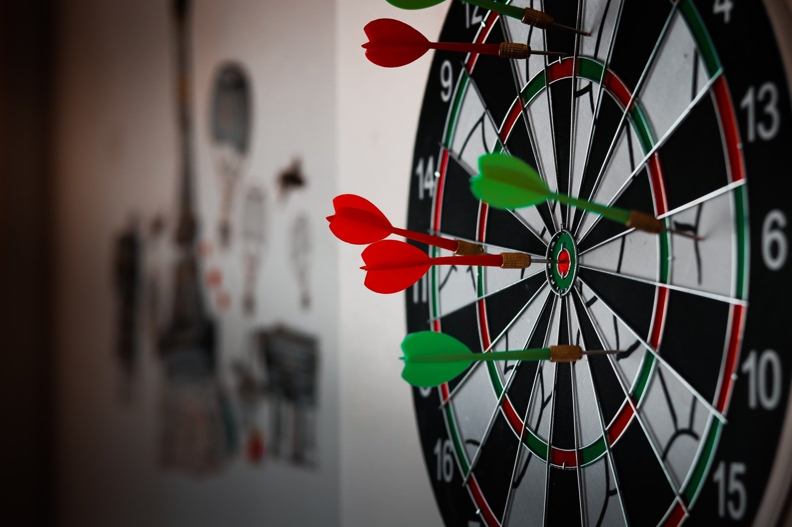 """Featured image for """"Best Darts Weight 